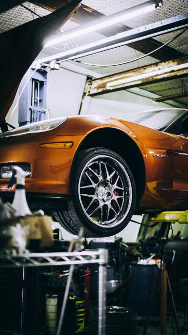 corvette na podnośniku