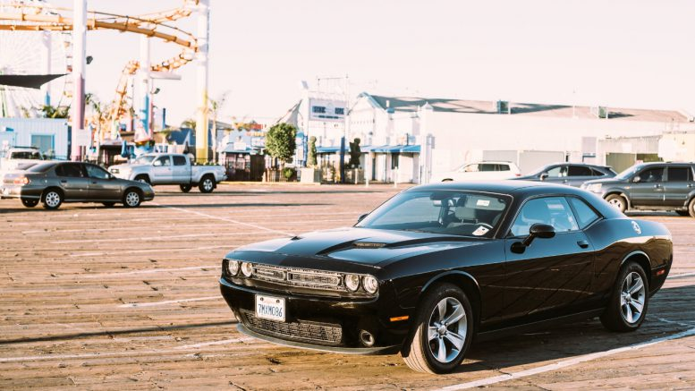nowy dodge challenger
